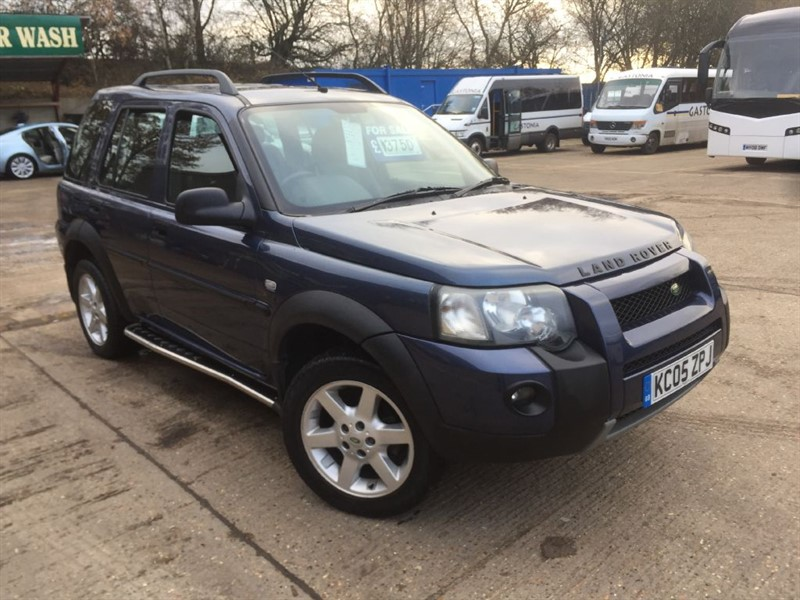 used Land Rover Freelander TD4 HSE STATION WAGON in cranleigh-surrey