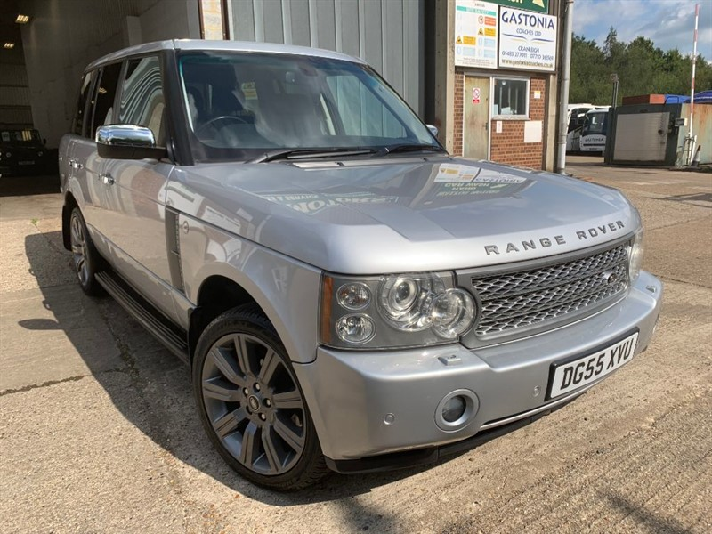 used Land Rover Range Rover TD6 VOGUE in cranleigh-surrey