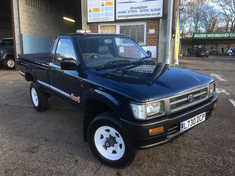 used Toyota Hilux 2.4 4WD DIESEL TRUCK ONLY 102000 MILES in cranleigh-surrey
