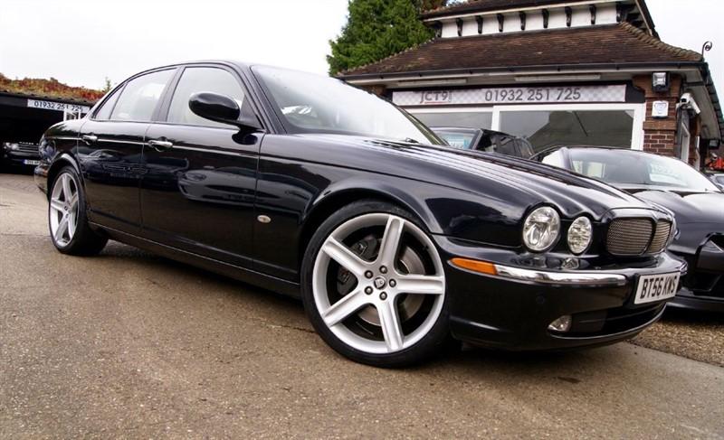 used Jaguar XJ V8 R  LOVELY JAGUAR HISTORY in shepperton-surrey