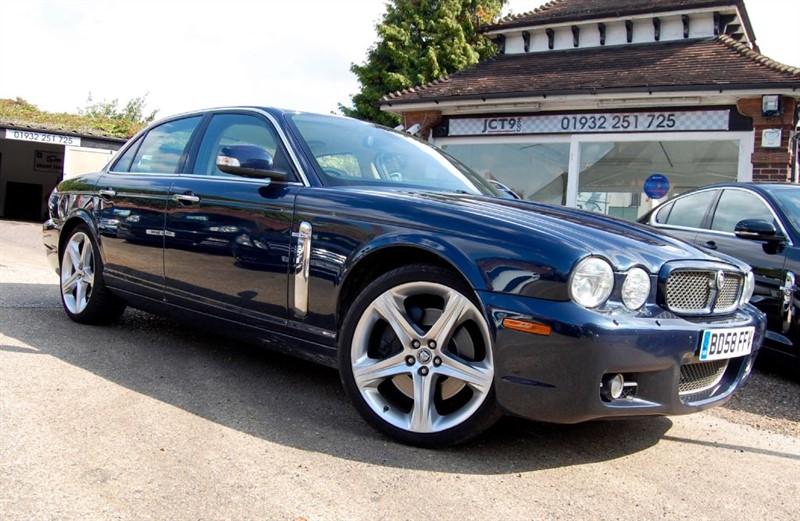 used Jaguar XJ SUPER V8   in shepperton-surrey