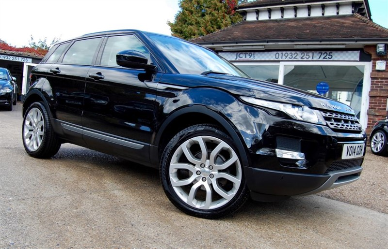 used Land Rover Range Rover Evoque PURE TECH   DYNAMIC WHEELS  FLRSH in shepperton-surrey