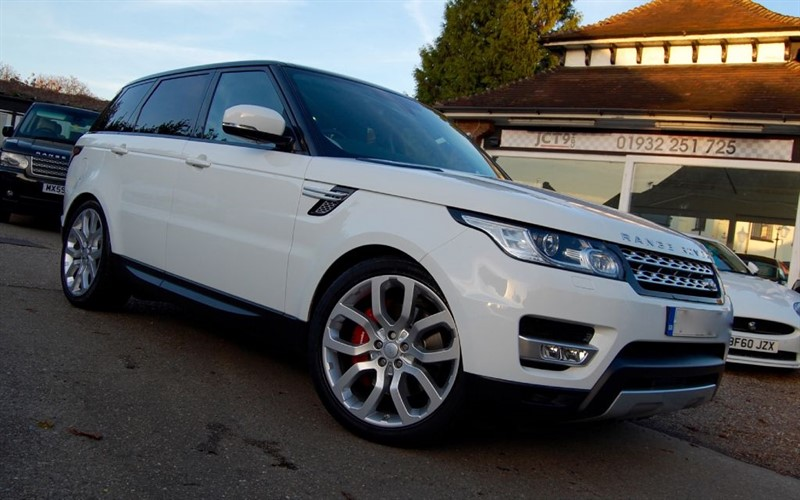 used Land Rover Range Rover Sport SDV6 HSE  PAN ROOF  5.5K OPTIONS in shepperton-surrey