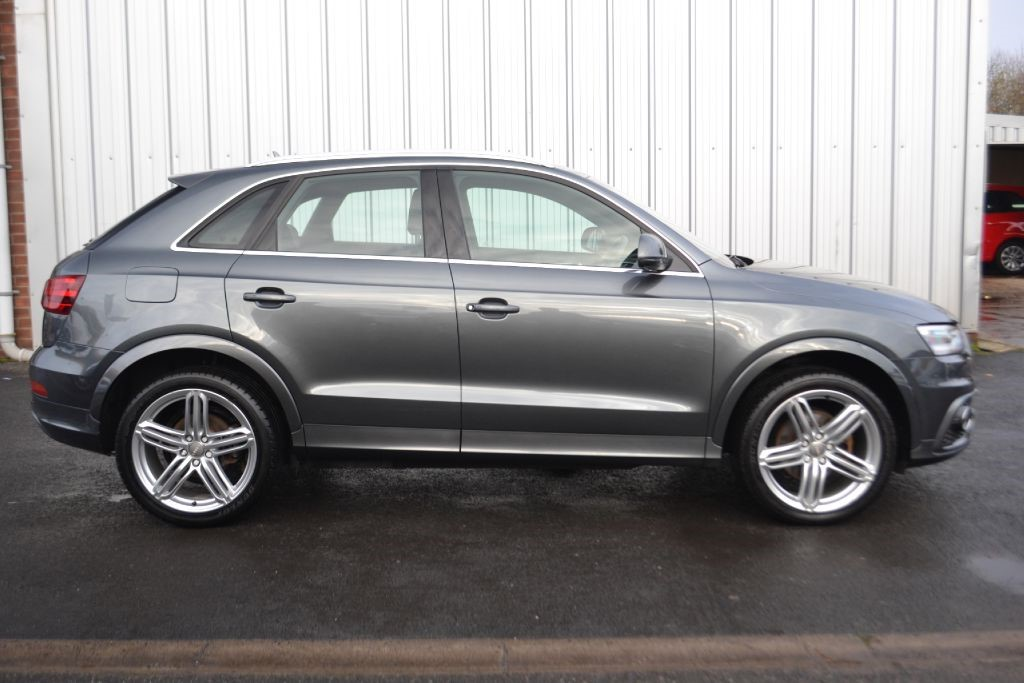 Used Daytona Grey Pearl Effect Audi Q3 For Sale Lancashire