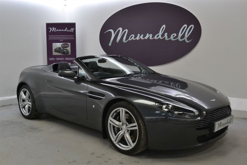 used Aston Martin Vantage V8 ROADSTER, Heated Seats, Cruise, Park Assist in oxfordshire