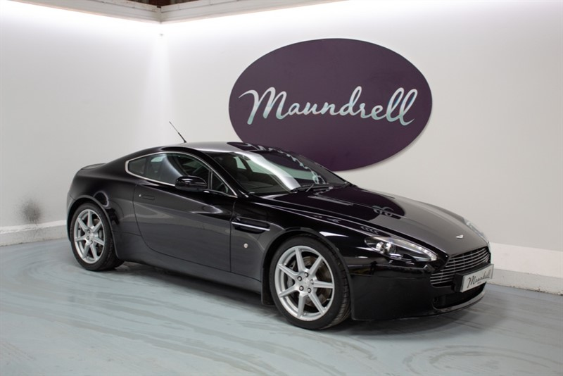 used Aston Martin Vantage V8 in oxfordshire