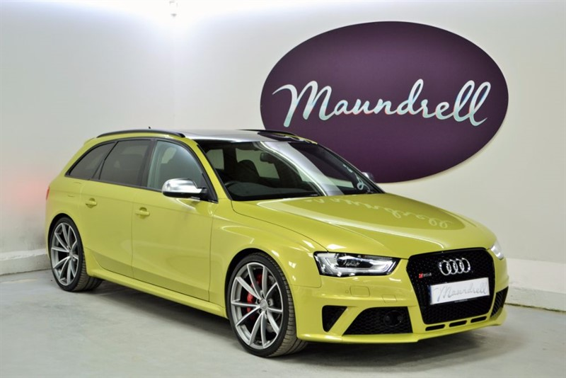 used Audi RS4 Avant RS4 AVANT FSI QUATTRO, ONE Owner, Pan' Roof, Exclusive Paint, Sports Pack in oxfordshire