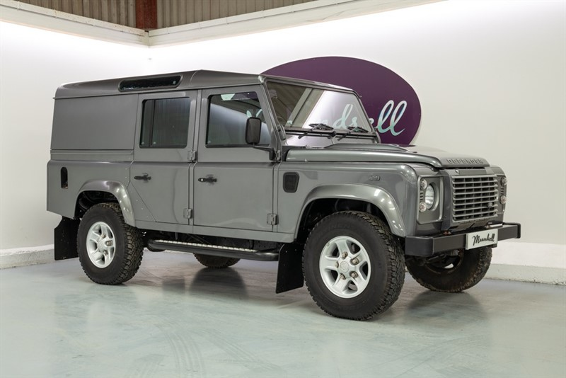 used Land Rover Defender 110 TD XS UTILITY WAGON in oxfordshire