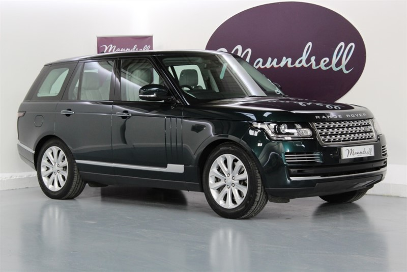 used Land Rover Range Rover SDV8 VOGUE SE, VAT Qualifying, LR History in oxfordshire