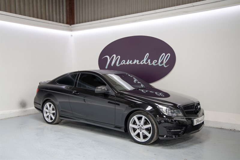 used Mercedes C180 BLUEEFFICIENCY AMG SPORT in oxfordshire
