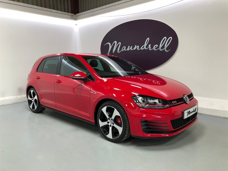 used VW Golf GTI PERFORMANCE DSG in oxfordshire