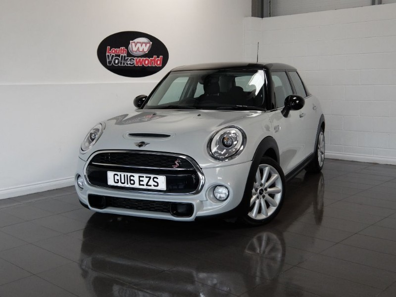 used MINI Hatch COOPER SD SAT NAV HALF LEATHER INTERIOR in lincolnshire-for-sale