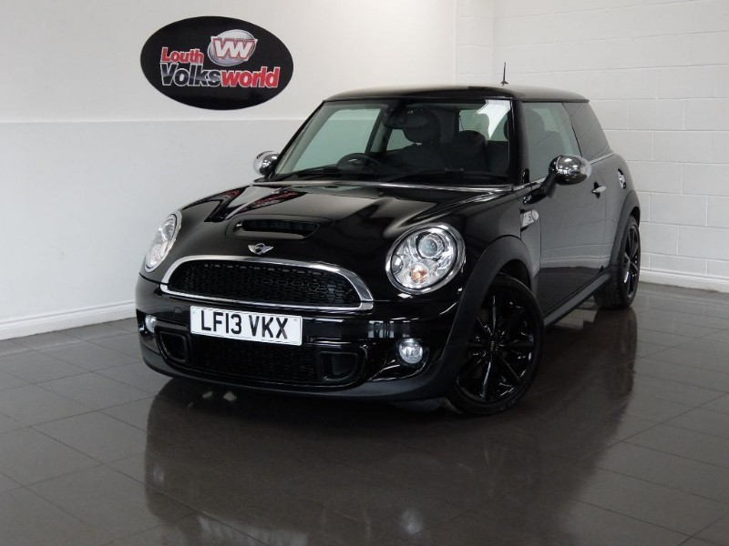 used MINI Hatch COOPER S FULL LEATHER HEATED SEATS SAT NAV in lincolnshire-for-sale