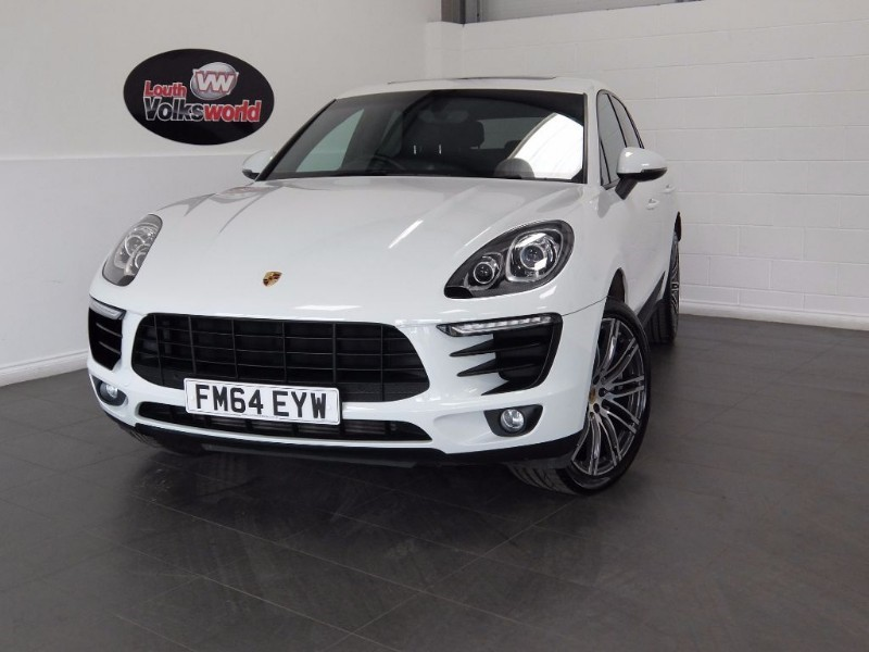 "used Porsche Macan D S PDK HUGE SPEC, PCM, PAN ROOF, 20"" ALLOYS, XENONS in lincolnshire-for-sale"