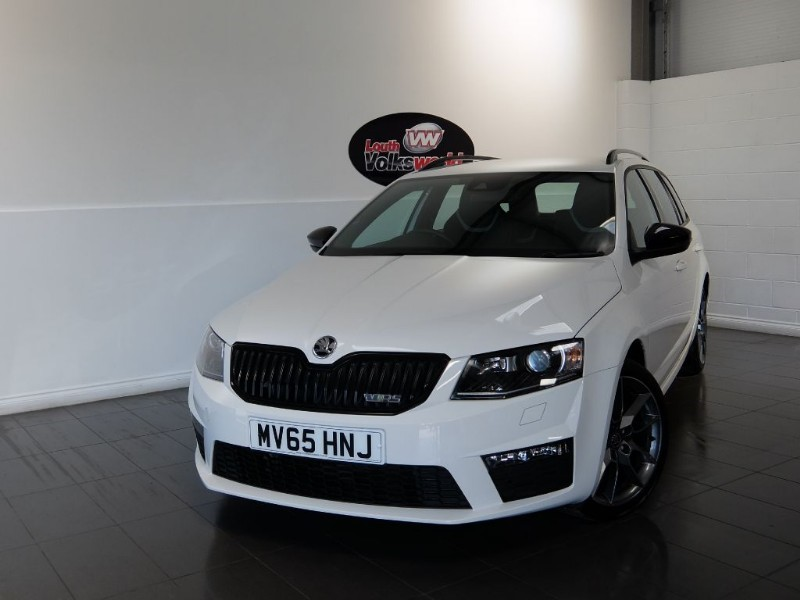 used Skoda Octavia TDI VRS 5DR ESTATE SAT NAV in lincolnshire-for-sale