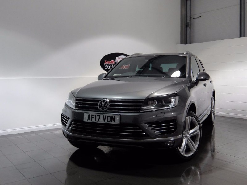 used VW Touareg V6 R-LINE PLUS TDI BLUEMOTION TECHNOLOGY in lincolnshire-for-sale