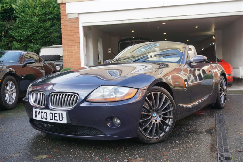 used BMW Z4 3.0I ROADSTER in wigan