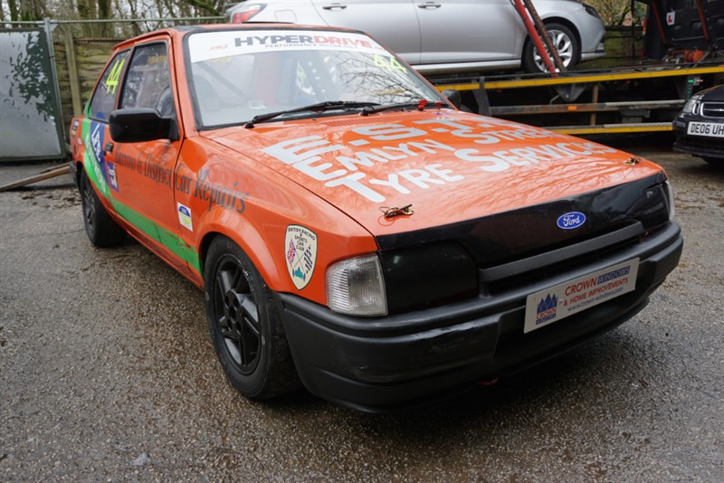 Car of the week - Ford Escort XR3i CHALLENGE RACE CAR - Only £5,000