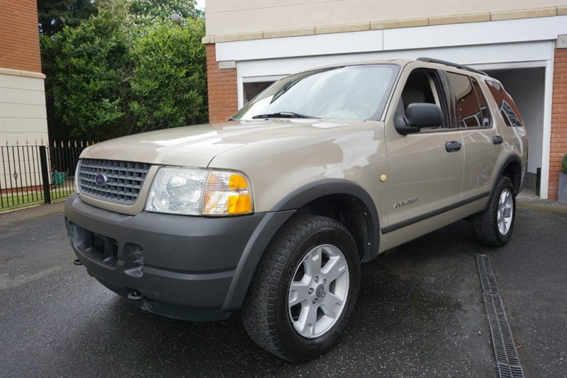 used Ford Explorer  in wigan