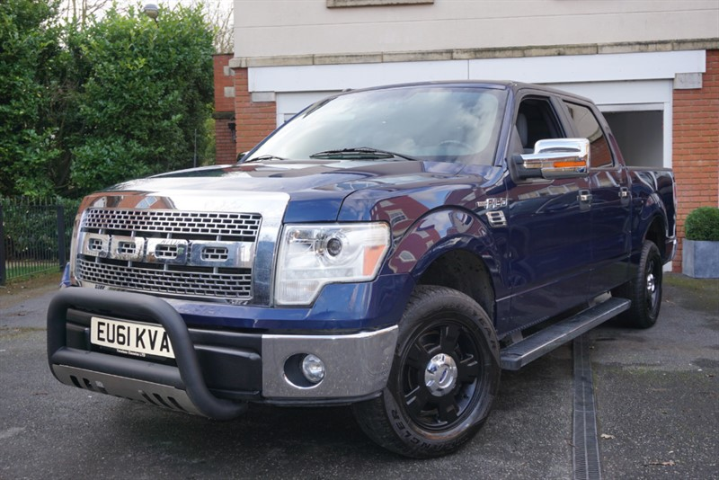 used Ford F-150 XLT CREW CAB 3.7L-24V AUTO in wigan