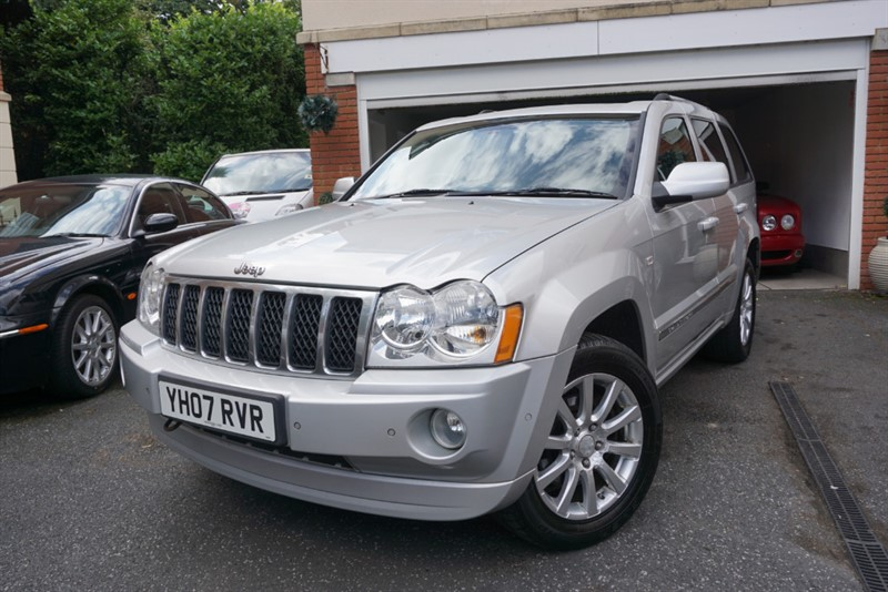 used Jeep Grand Cherokee V8 CRD OVERLAND in wigan