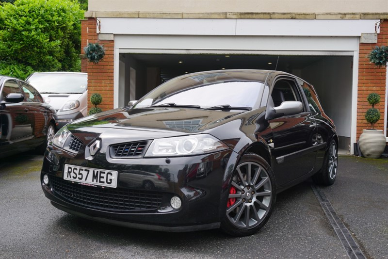 Car of the week - Renault Megane RENAULTSPORT F1TEAM R26 - Only £4,995