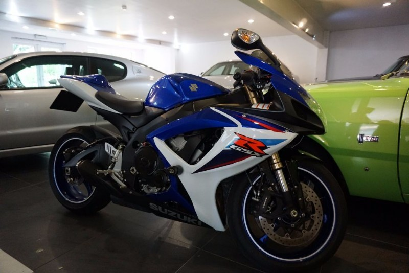 used Suzuki GSXR 600 GSXR 600 K7 in wigan
