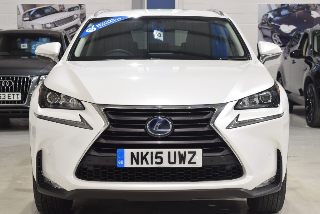 used eminent white metallic lexus nx 300h for sale west yorkshire. Black Bedroom Furniture Sets. Home Design Ideas