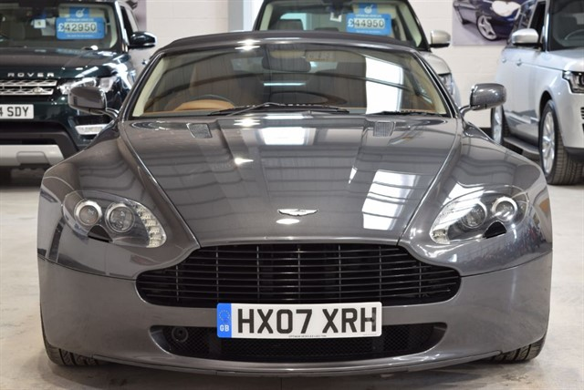 used Aston Martin Vantage V8 ROADSTER in yorkshire