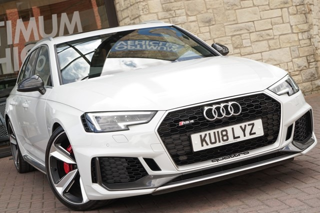 used Audi RS4 Avant TFSI QUATTRO CARBON EDITION in york-yorkshire