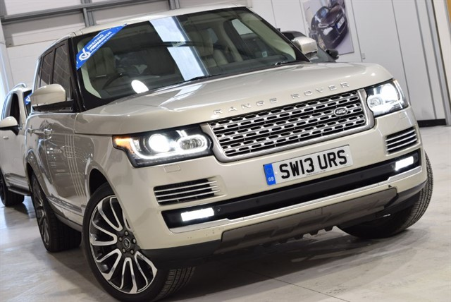 used Land Rover Range Rover SDV8 AUTOBIOGRAPHY in yorkshire