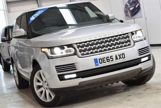 used Land Rover Range Rover RANGE ROVER SDV8 VOGUE SE in yorkshire
