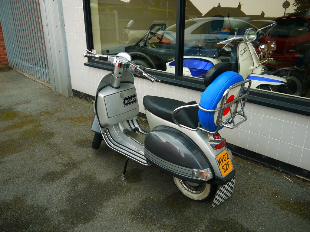 used piaggio vespa for sale skelmersdale lancashire. Black Bedroom Furniture Sets. Home Design Ideas