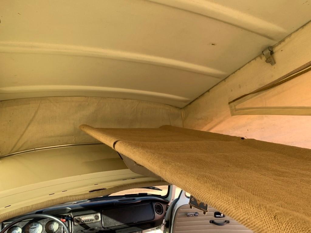 Volkswagen Campervan