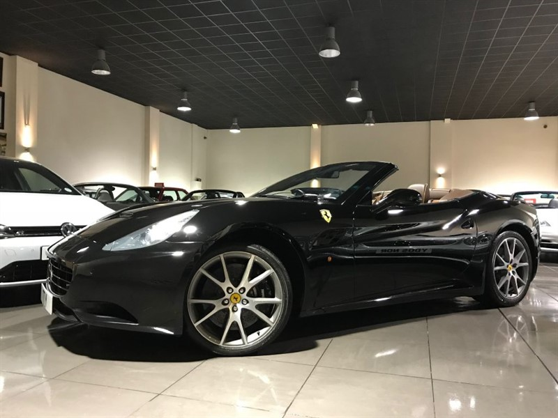 used Ferrari California 2 PLUS 2 F1 NERO DAYTONA FFSH in lancashire