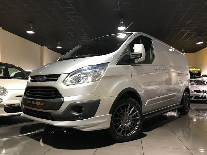 used Ford Transit Custom 290 LIMITED HEATED SEATS PARK SENSORS BODY KIT 18INCH ALLOYS in lancashire