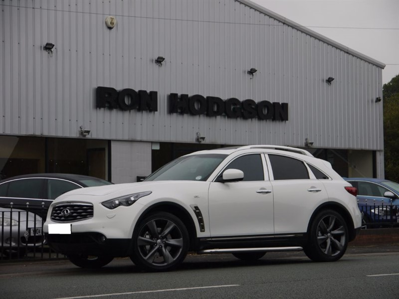 used Infiniti FX FX30D SUN ROOF 21INCH ALLOYS in lancashire