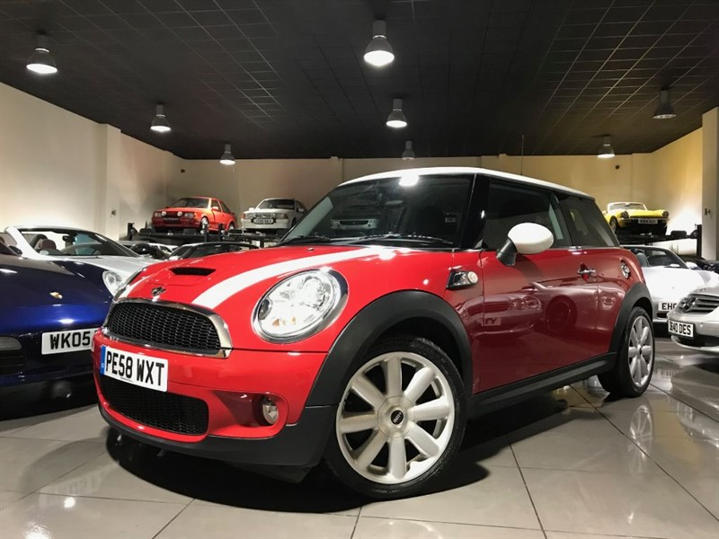 used MINI Cooper S Chili Pack Red 1 Owner Full Mini History in lancashire