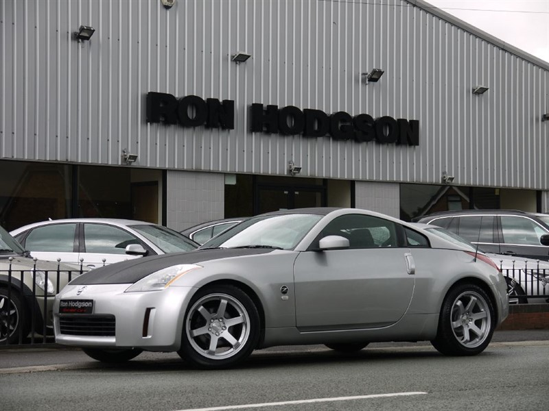 used Nissan 350Z Automatic 18Inch Alloys in lancashire