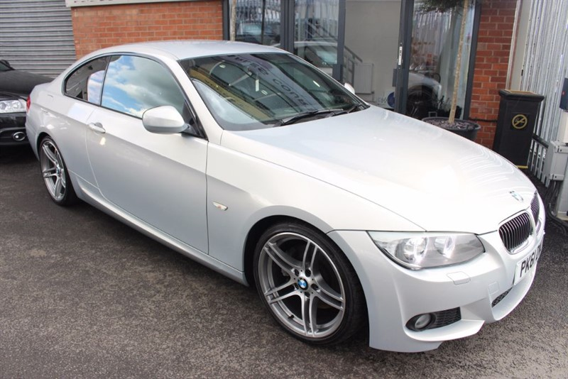 "used BMW 330d M SPORT-19"" ALLOYS-INDIVIDUAL PAINT in warrington-cheshire"