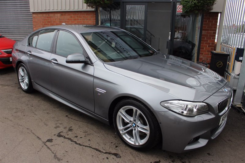 used BMW 520d M SPORT-360CAMERA-HEAD UP DISPLAY-LOW MILEAGE in warrington-cheshire