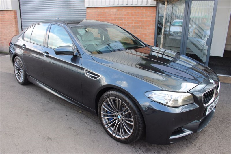 used BMW M5 SUNROOF-HEAD UP DISPLAY in warrington-cheshire
