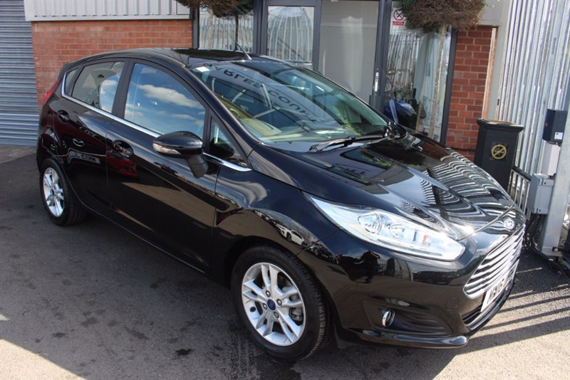 used Ford Fiesta ZETEC-1OWNER-BLUETOOTH in warrington-cheshire
