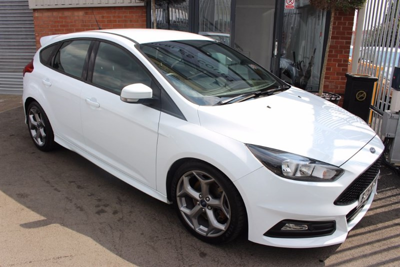 "used Ford Focus ST-1 TDCI-PRIVACY GLASS-17"" ALLOYS in warrington-cheshire"