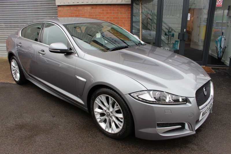 used Jaguar XF D SPORT-BLUETOOTH-LOW MILEAGE in warrington-cheshire