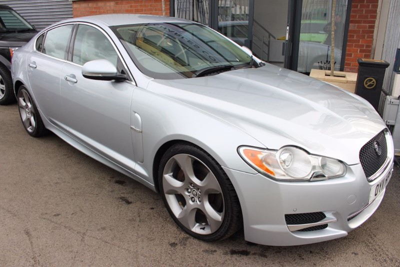 used Jaguar XF V6 S PREMIUM LUXURY-REVERSE PARKING CAM-LEATHER UPHOLSTERY in warrington-cheshire