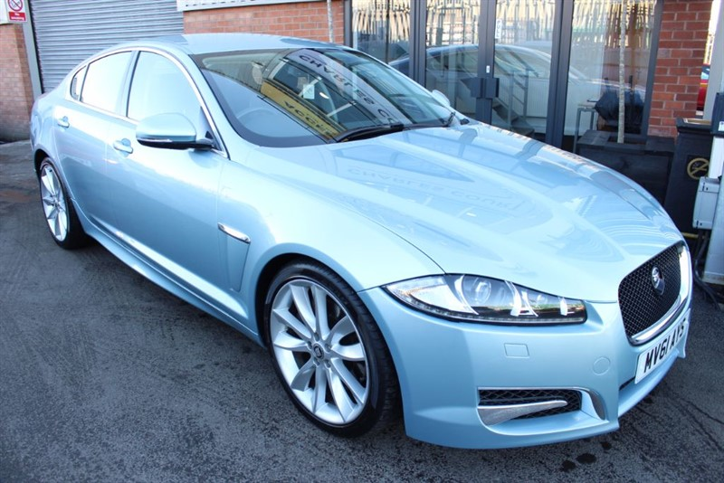 used Jaguar XF V6 S LUXURY-SAT NAV-HEATED SEATS in warrington-cheshire