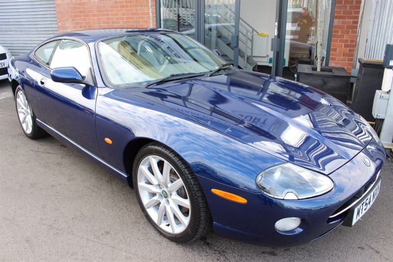 used Jaguar XK8 COUPE in warrington-cheshire