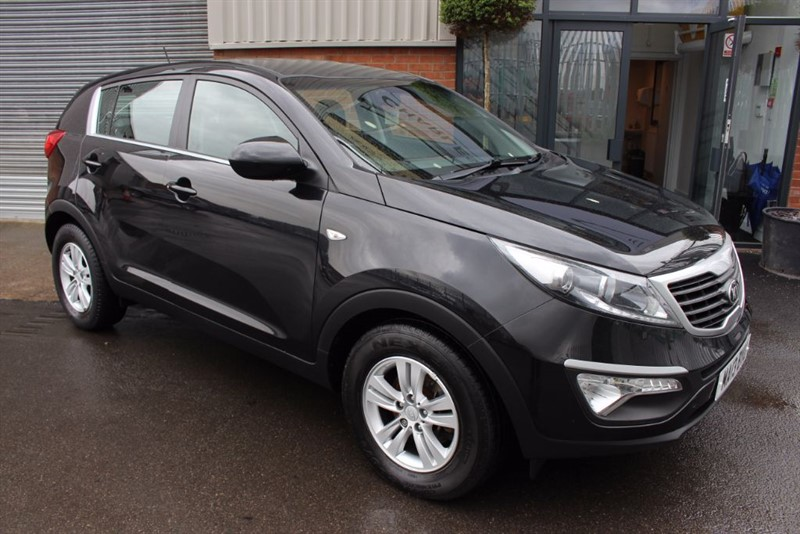 used Kia Sportage CRDI 1-LEATHER UPHOLSTERY-AIR CON in warrington-cheshire