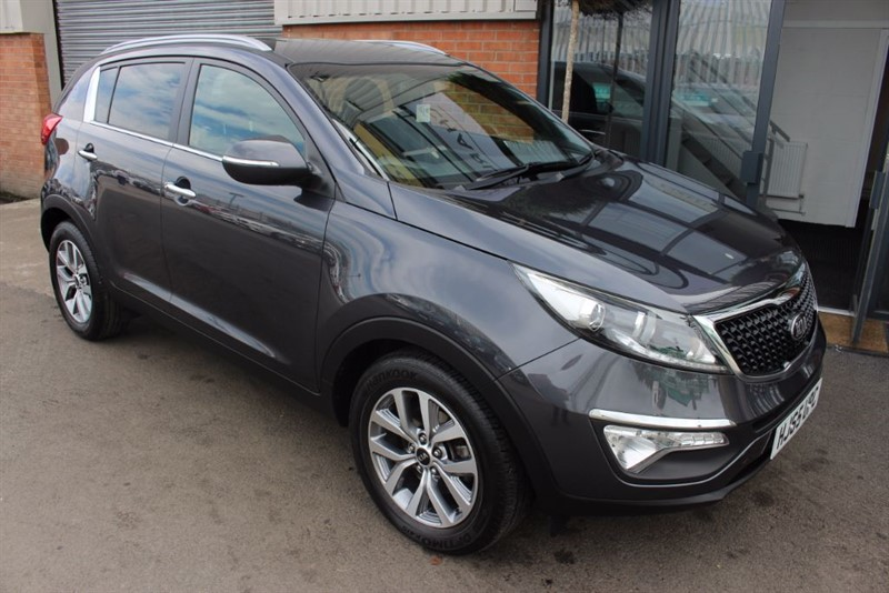 used Kia Sportage CRDI AXIS EDITION ISG-NAV-REAR CAM-1OWNER in warrington-cheshire